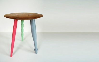 diy-3-legged-table-412x257